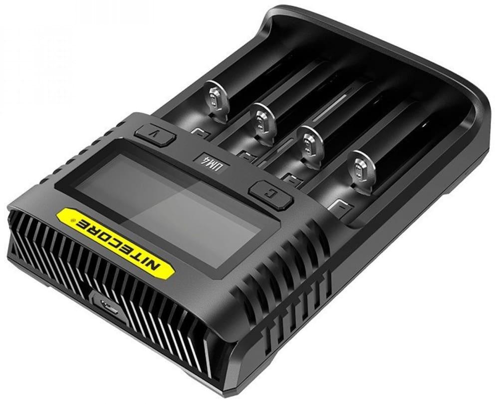 универсальное зарядное устройство на 4 канала NiteCore UM4